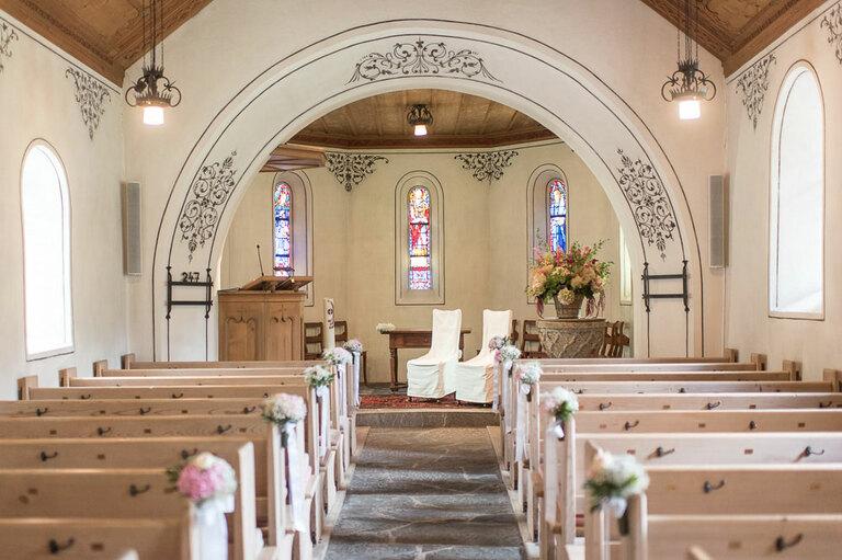 Kirche Gstaad Hochzeit
